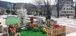 Великденска декорация Благоевград-2021